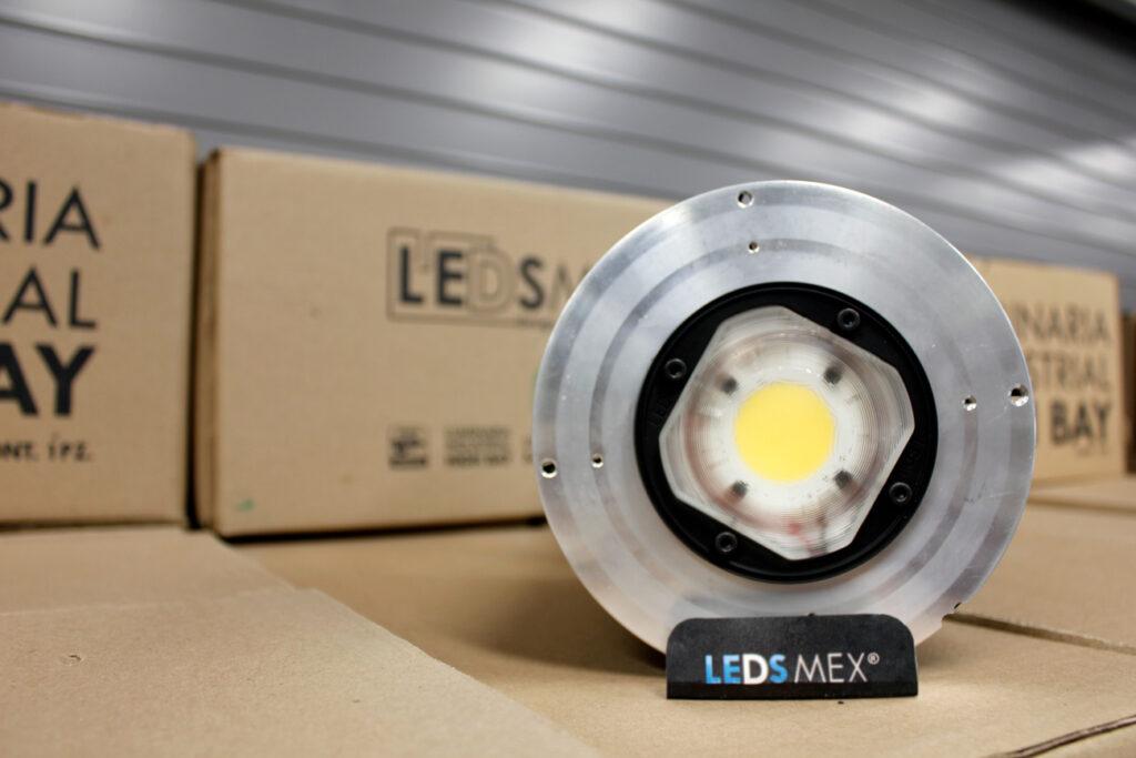 Lámparas de techo industriales para una eficiencia y potencia mayor