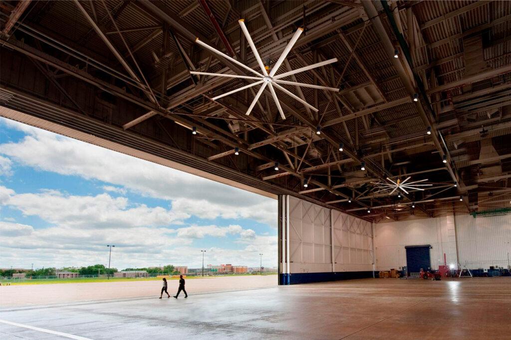 Iluminacion industrial led de última generación para aplicaciones en aeropuertos