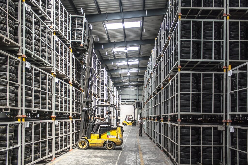 Proyectos de iluminacion industrial para almacenes y bodegas en mexico